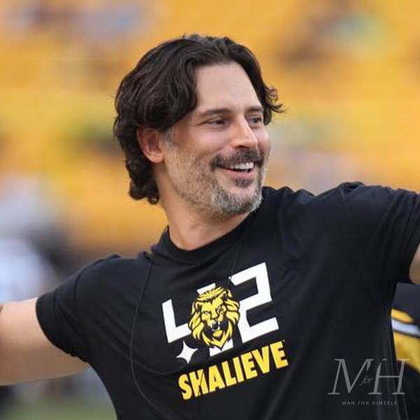 Joe Manganiello: Mid-Length Wavy Hairstyle