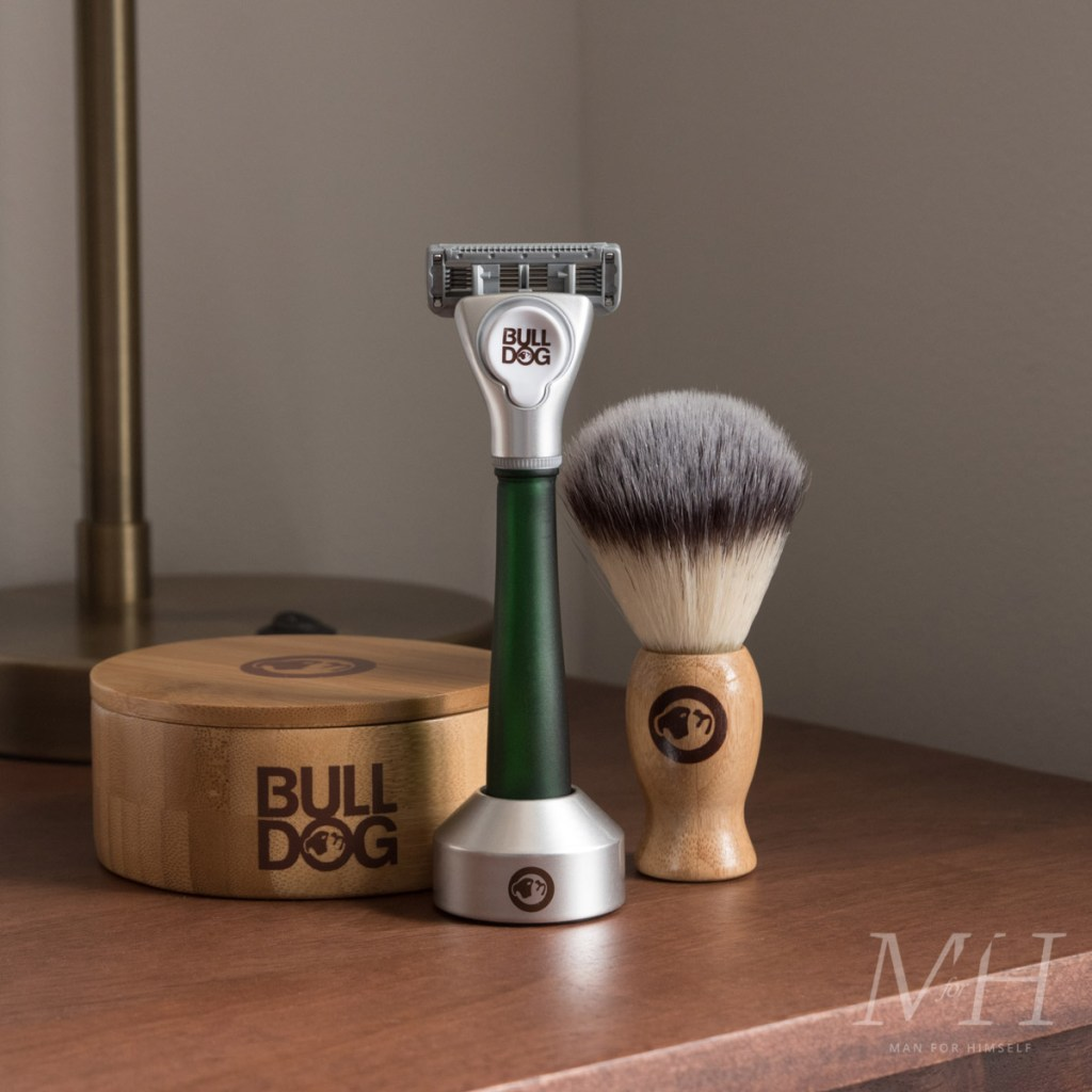 bulldog-skincare-glass-razor-green-shaving-grooming-product-review-man-for-himself-1