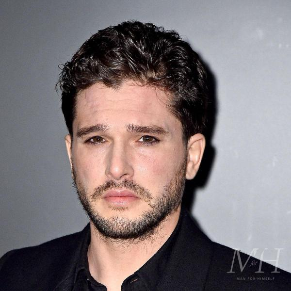 Kit Harrington: Classic Curly Taper Hairstyle