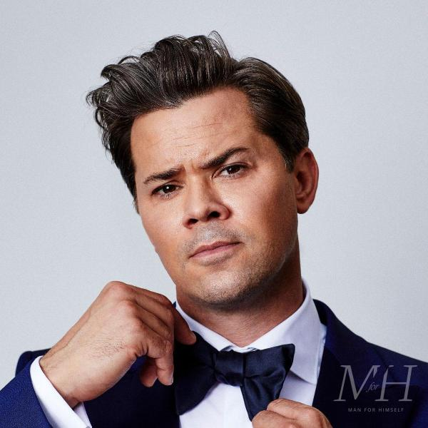 Andrew Rannells: Medium Length Quiff Hairstyle With Side Parting