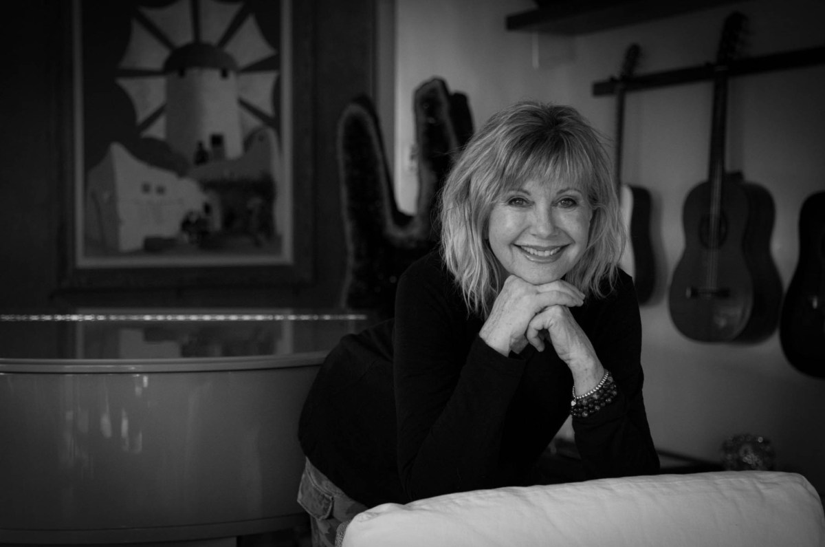 Olivia Newton John 2019 by Manfred Baumann 09