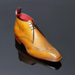 Classic Brogue Punch Chukka Boots