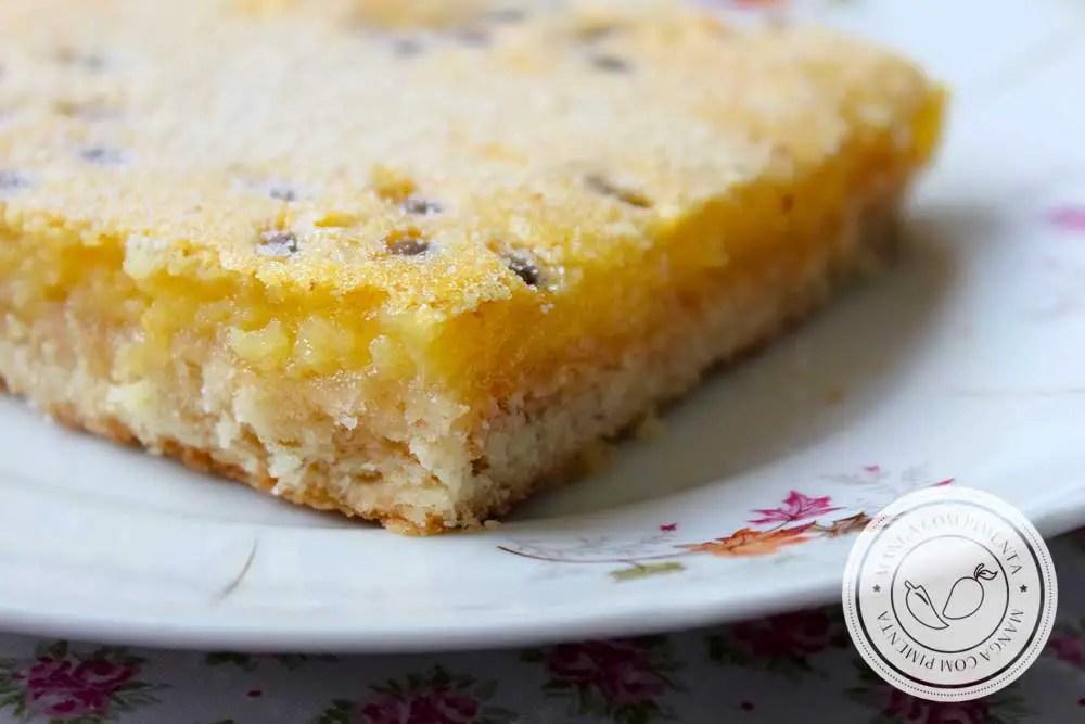 Receita de Passion Fruit Bars ou Barra de Maracujá - uma sobremesa diferente e apaixonante.