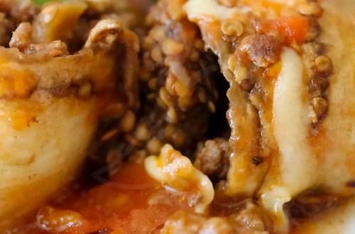 Rolinhos de Berinjela recheado com Carne Moída com Molho de Tomate