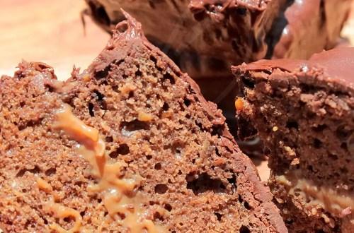 Receita de Pão de Mel Recheado com Doce de Leite e Chocolate