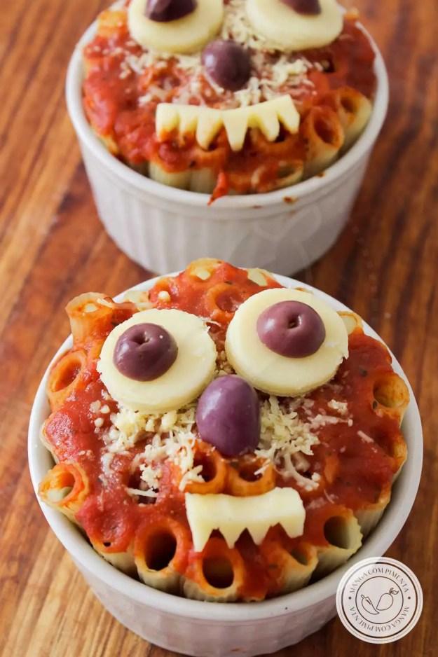 Receita de Macarrão Monstro para o Halloween - prepare algo gostoso para a criançada!