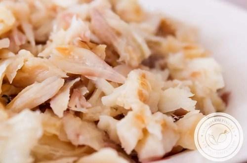 Aprenda a Dessalgar Bacalhau da forma rápida e na tradicional - Antes de preparar pratos deliciosos com esse peixe!