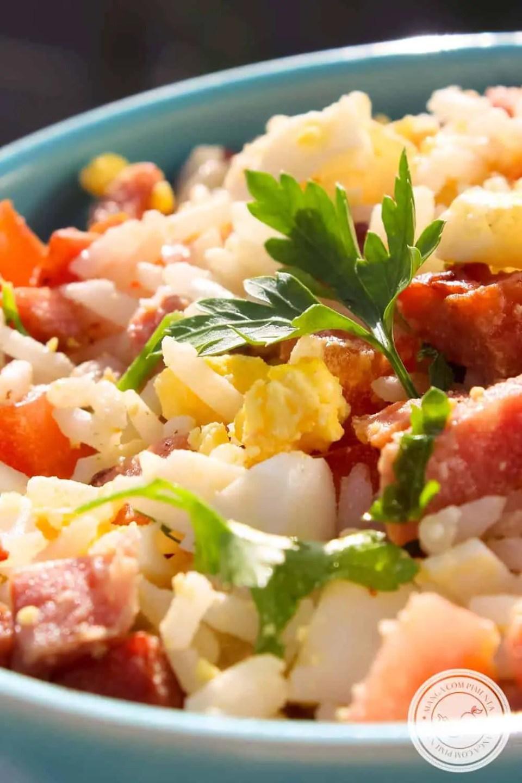 Arroz com Linguiça Calabresa, Tomate e Ovo - almoço simples e turbinado para a semana!
