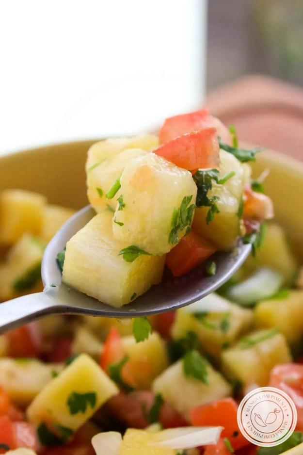 Vinagrete de Abacaxi - aproveite para fazer essa entrada para o churrasco ou para servir de aperitivo!