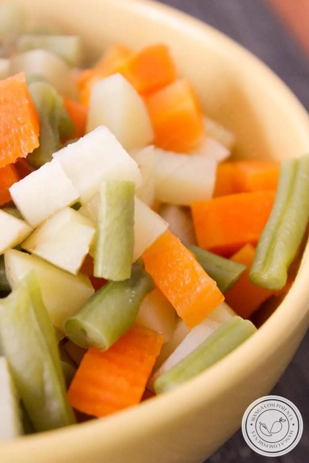 Seleta de Legumes Caseira- aprenda a fazer em casa e conservar de forma natural!