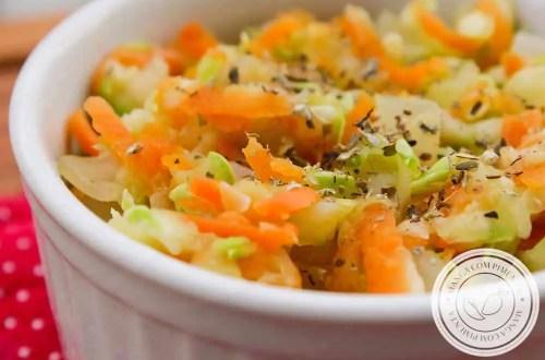 Receita de Abobrinha com Cenoura e Alho-poró Refogada - um acompanhamento caseiro para o almoço da semana!