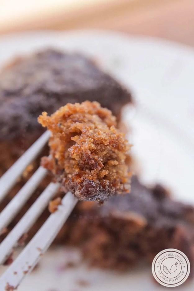 Bolo de Cenoura com Chocolate - perfeito para o café da manhã ou lanche da tarde!