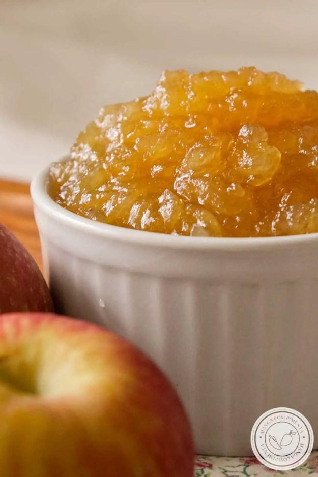 Receita de Geleia de Maçã Caseira - muito fácil de preparar em casa, sirva no café da manhã ou no lanche da tarde!