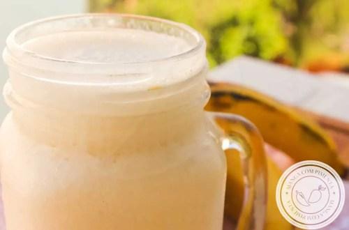 Receita de Smoothie de Laranja com Banana - uma bebida refrescante e deliciosa para começar o dia.