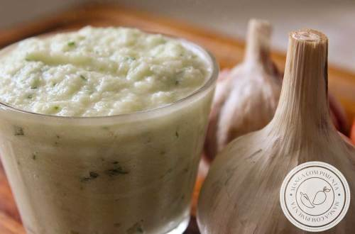 Receita de Tempero Caseiro de Alho e Cebola - prepare em casa um tempero natural e nutritivo para usar no seu arroz, feijão e carnes!