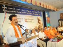 0142 Sri Nalin Kumar Kateel, MP Addressing the gathering