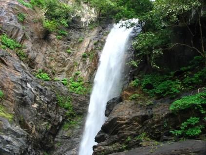 Arishinagundi_falls5