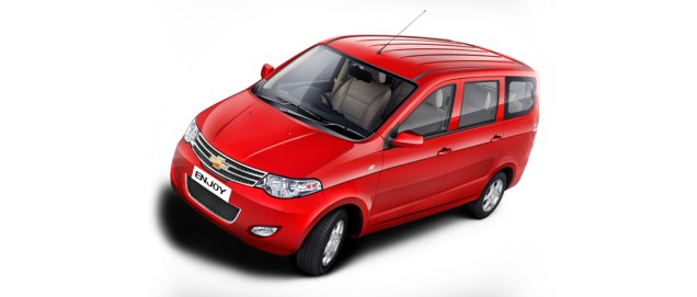 Chevrolet_Enjoy_Mangalore_Taxi3