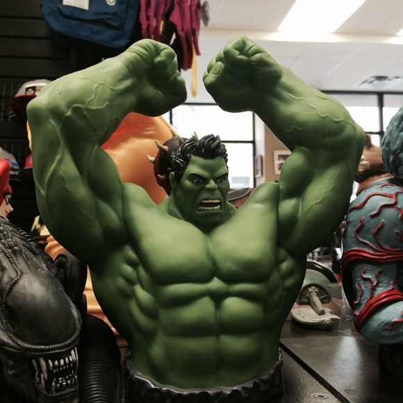 incredible-hulk-613335_640