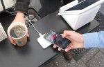 Rok Apple Pay v Česku. Naučili jsme se platit mobilem. Někteří už si ani nepamatují PIN ke kartě, zjistil fintech Twisto