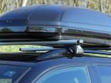 stresni-box-autobox-rakev-na-auto-menabo-mania-320-black-objem-320l-pravostranne-otevirani-cerny