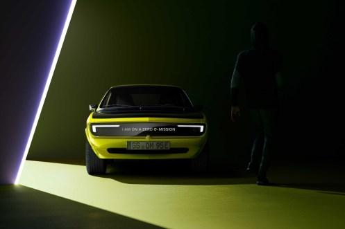 Opel_Manta_GSe_ElektroMOD- (2)