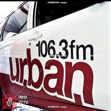 car branding bandung stiker mobil urban radio