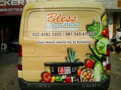 stiker-mobil-bandung-branding-granmax-bless-mangele