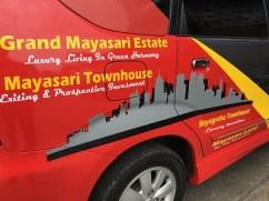 stiker-mobil-bandung-branding-mayasari-avanza-mangele