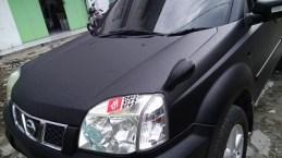 stiker-mobil-bandung-xtrail-hitam-doff-mangele