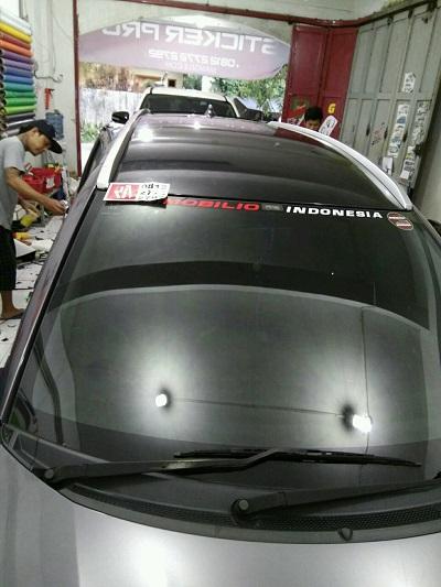 wrapping stiker atap | hitam doff mobilio | mangele stiker | 081227722792