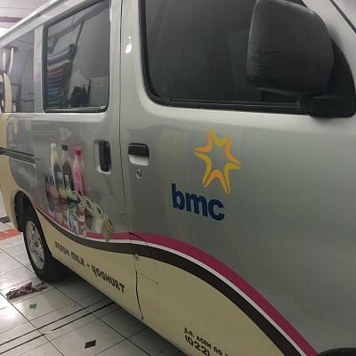 stiker mobil branding | BMC granmax bandung | mangele stiker 081227722792