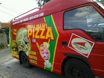stiker-mobil-bandung-branding-pizza-ibam-mangele
