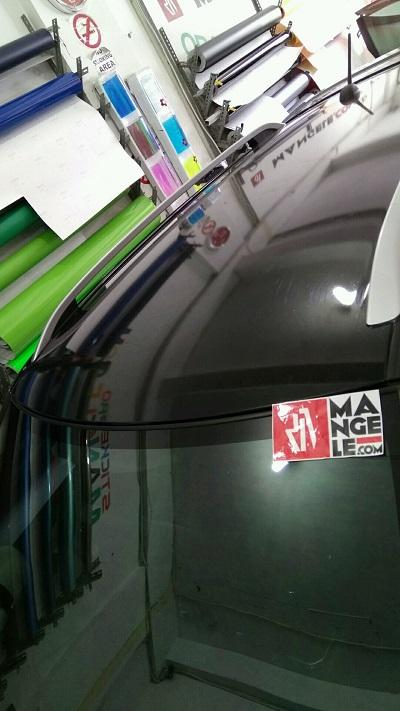 stiker wrapping mobil   stiker atap gloss hitam bandung   mangele stiker 081227722792