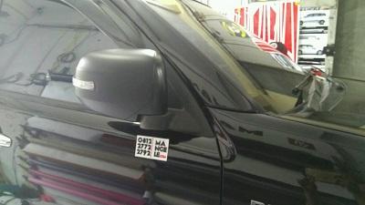 stiker-mobil-bandung-pajero-spion-hitam-doff-mangele