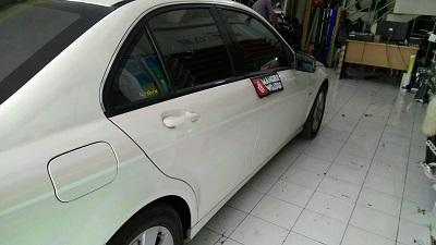 stiker-mobil-bandung-mercy-putih-mutiara-mangele