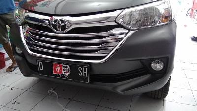 wrapping stiker mobil | Avanza Hardcoal Stiker di Bandung | Premium Wrapping stiker 081227722792