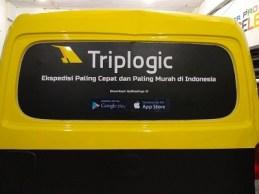 stiker-mobil-bandung-branding-granmax-triplogic