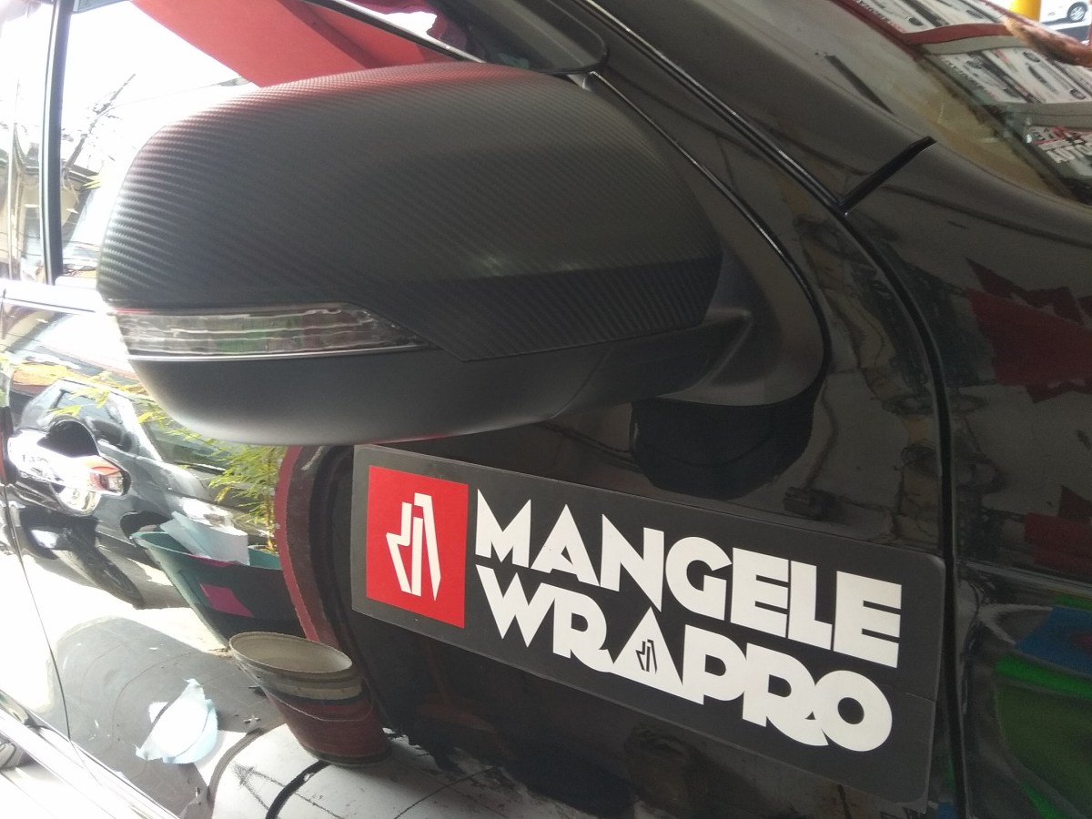 wrapping stiker mobil | pajero sport spion Carbon | mangele stiker 081227722792