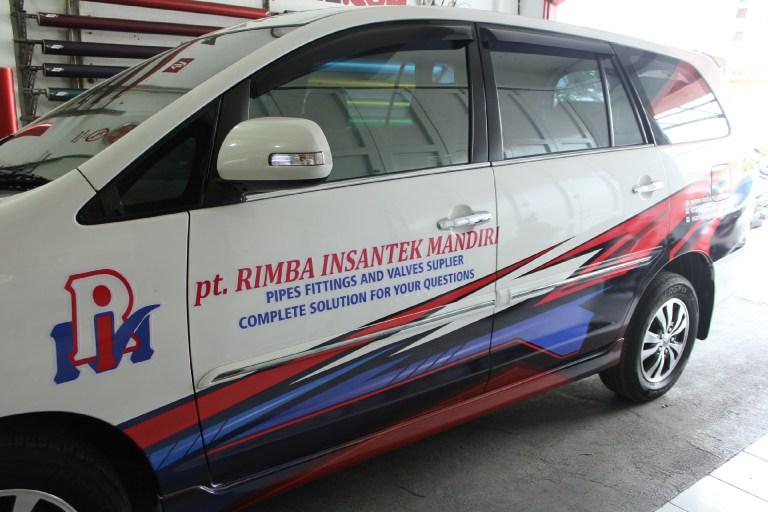 branding stiker mobil | innova pt rimba insantek mandiri | mangele stiker 081227722792
