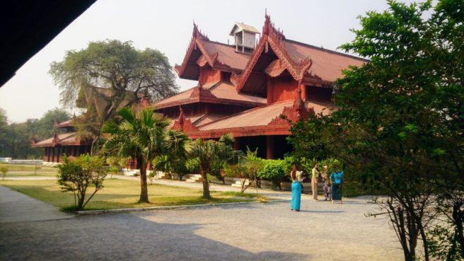 Royal Mandalay Palace scorcio tra i padiglioni Mandalay - Myanmar