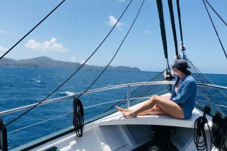 Most boat trips to the Whitsunday Islands last for 2 nights and 3 days.