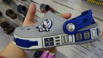 crocs-starwars-crog[13]