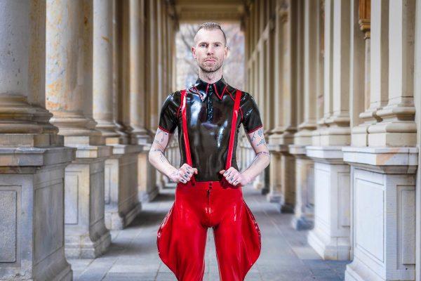 Hardy Polo_Cavalier Pants_Imageshoot_Toxicwalls_Maniac Latex