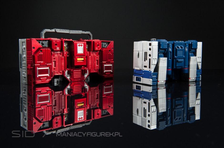 masterpiece blaster aka kfc transistor and mp soundwave