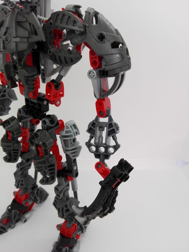 LEGO Bionicle 8924 Maxilos & Spinax Maxilos-arm-1