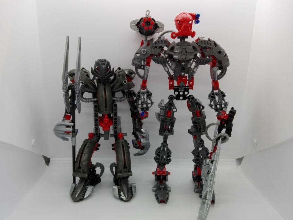 LEGO Bionicle 8924 Maxilos & Spinax Maxilos-comparison-2