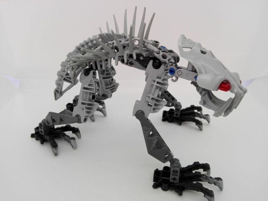 LEGO Bionicle 8924 Maxilos & Spinax Spinax-chain-2