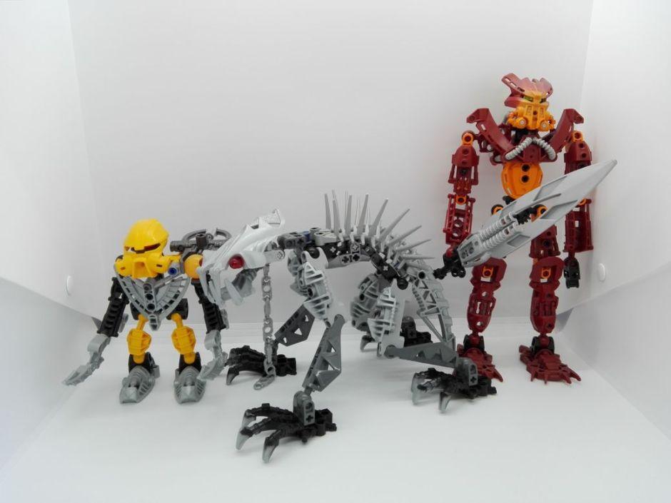 LEGO Bionicle 8924 Maxilos & Spinax Spinax-comparison-1