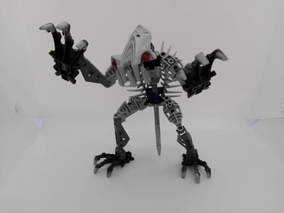 LEGO Bionicle 8924 Maxilos & Spinax Spinax-pose
